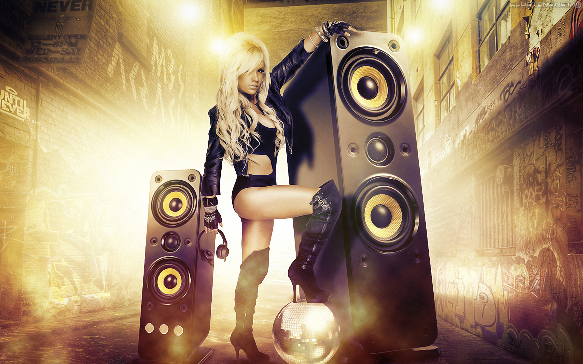 girl with big speaker